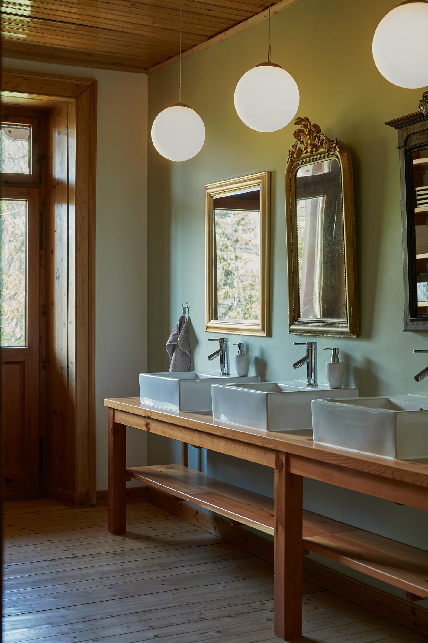 Romantische Salle de bains im Waldhotel